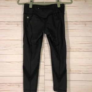 Vimmia   Charcoal Gray Crops